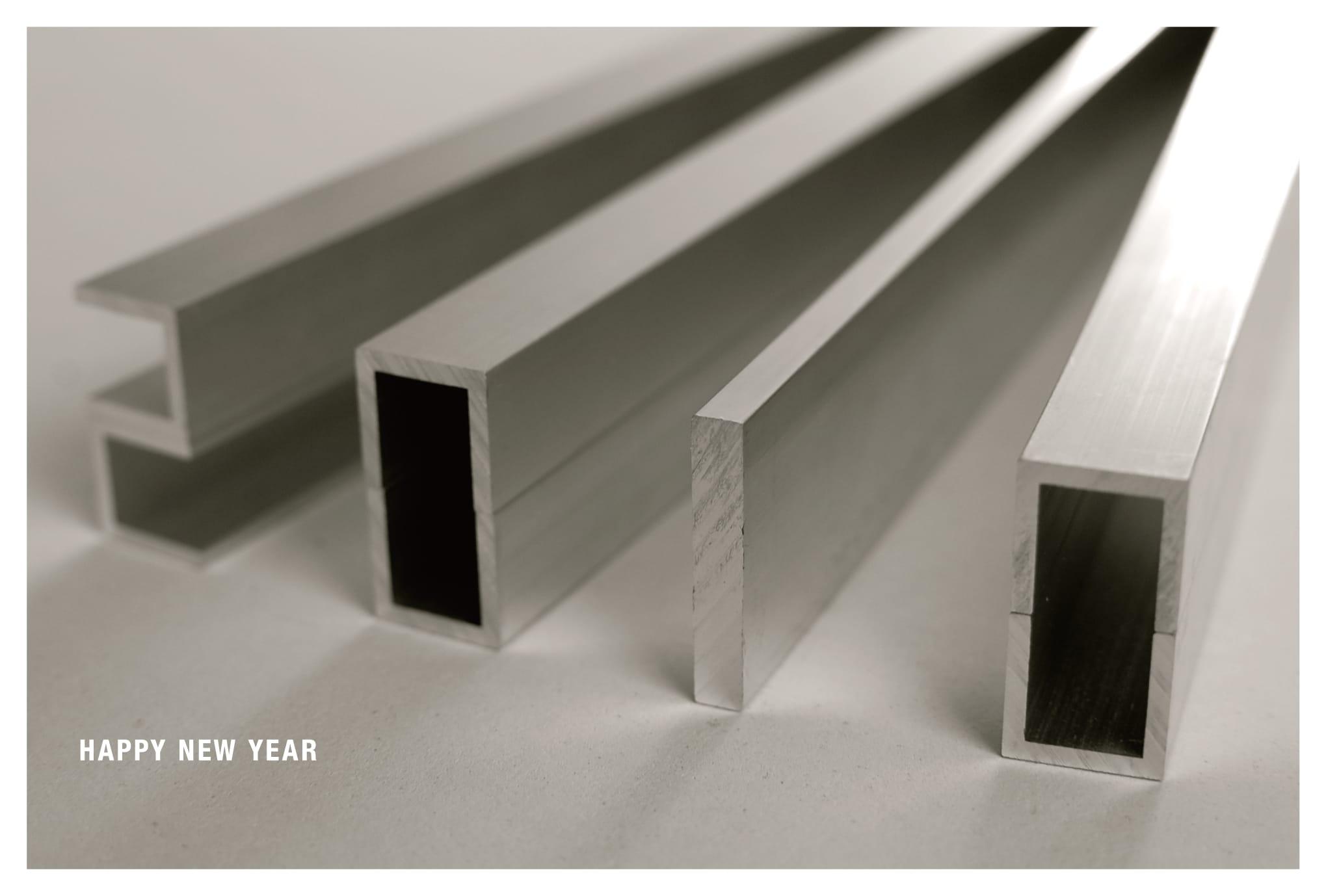 2010年賀状24:Alumi-new-m 2010 / 横 1のダウンロード画像